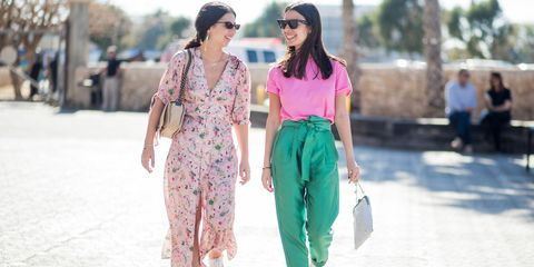 Sale shopping summer trends: clashing prints