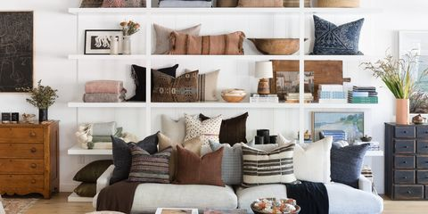 Living room, Furniture, Room, Interior design, Shelf, Home, Wall, Couch, Building, House,