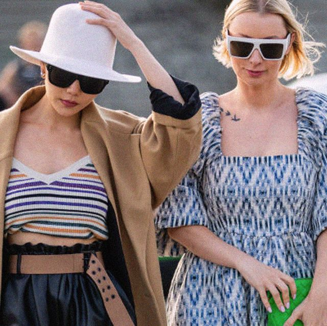 shopping online, da amazon fashion a zalando passando da about you,  tutte le novità su come e dove comprare la moda di tendenza che ti assomiglia sempre di più