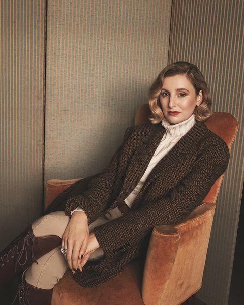 Sitting, Leg, Outerwear, Suit, Photo shoot,