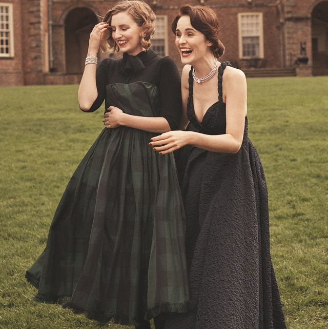 Dress, Clothing, Formal wear, Gown, Fashion, Standing, Bridal party dress, Shoulder, Event, Photography,