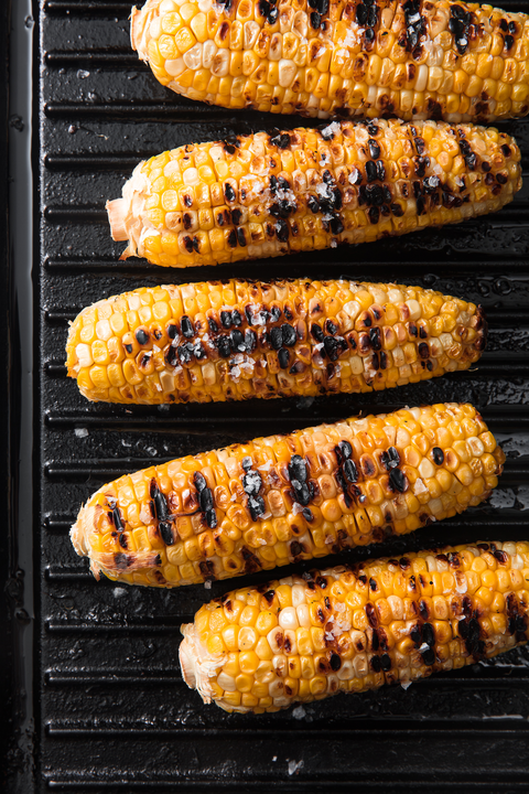 Food, Cuisine, Corn on the cob, Sweet corn, Barbecue, Grilling, Dish, Barbecue grill, Vegetable, Corn on the cob,