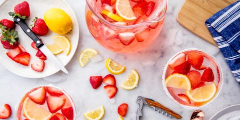 Food, Fruit, Produce, Ingredient, Orange, Tableware, Natural foods, Citrus, Sweetness, Dishware,