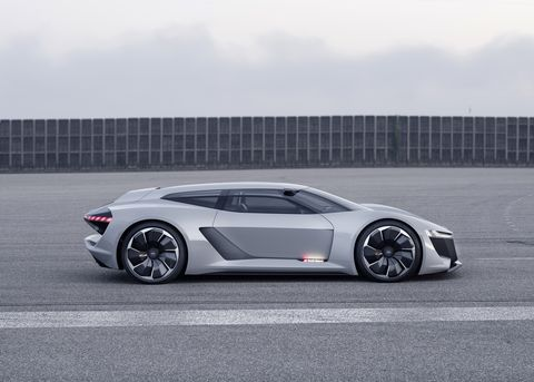 image  Audi PB18 e-Tron: A Gorgeous 760-HP Electric Shooting Brake Concept showcar 5 1534971202