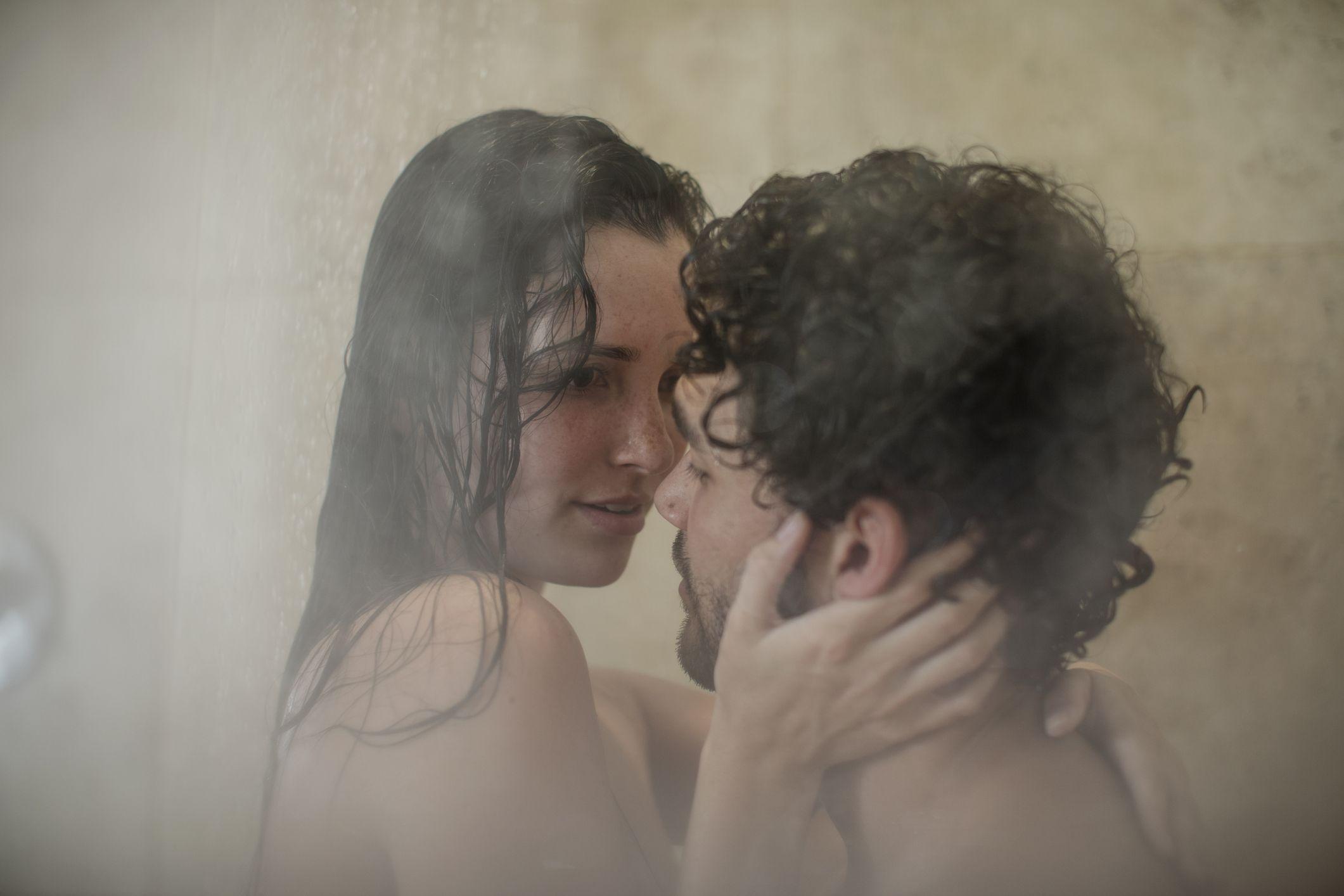having sex the shower in women