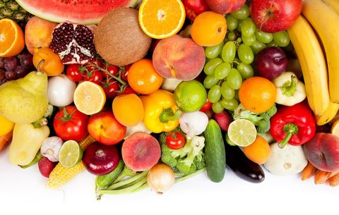 Fresh fruits and veggies full of fiber