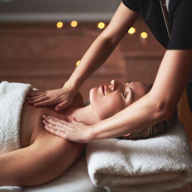 Spa, Massage, Skin, Hand, Leg, Arm, Service, Therapy, Chiropractor, Human leg,