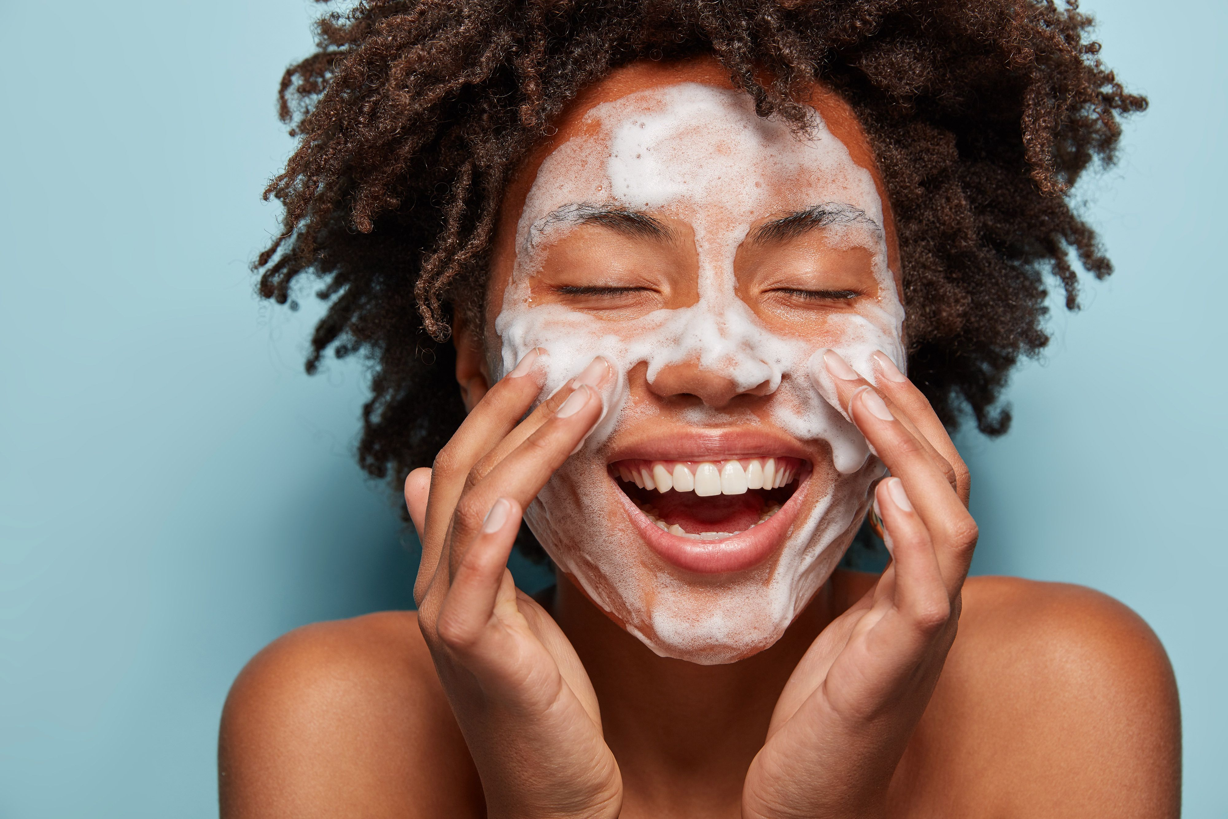 11 Face Washes for Acne-Prone Skin That Get to Work Fast