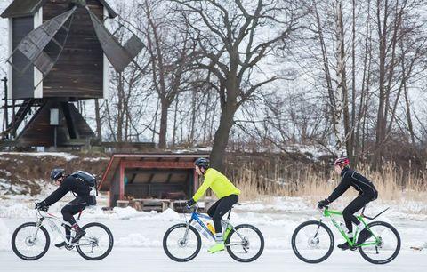 bikers snow ride