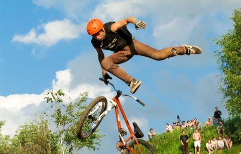 bmx biker crashing