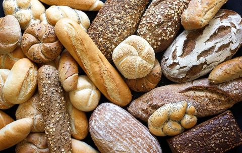 Multiple kinds of bread