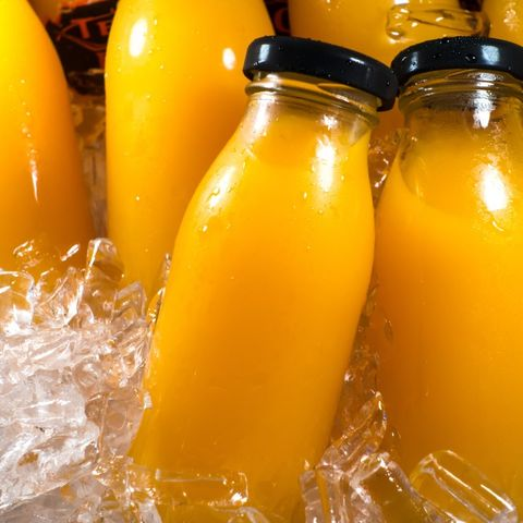 Cold pasteurized orange juice