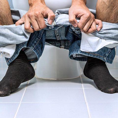 pooping posture