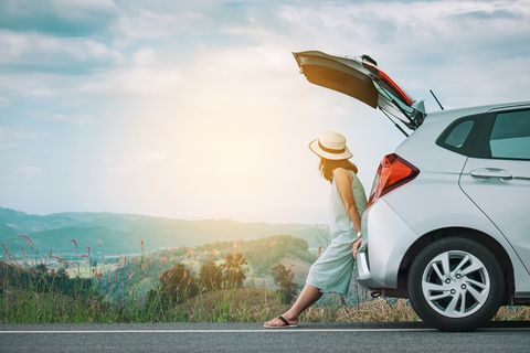 Vehicle door, Automotive design, Vehicle, Product, Car, Mode of transport, Sky, Transport, Automotive exterior, Road,