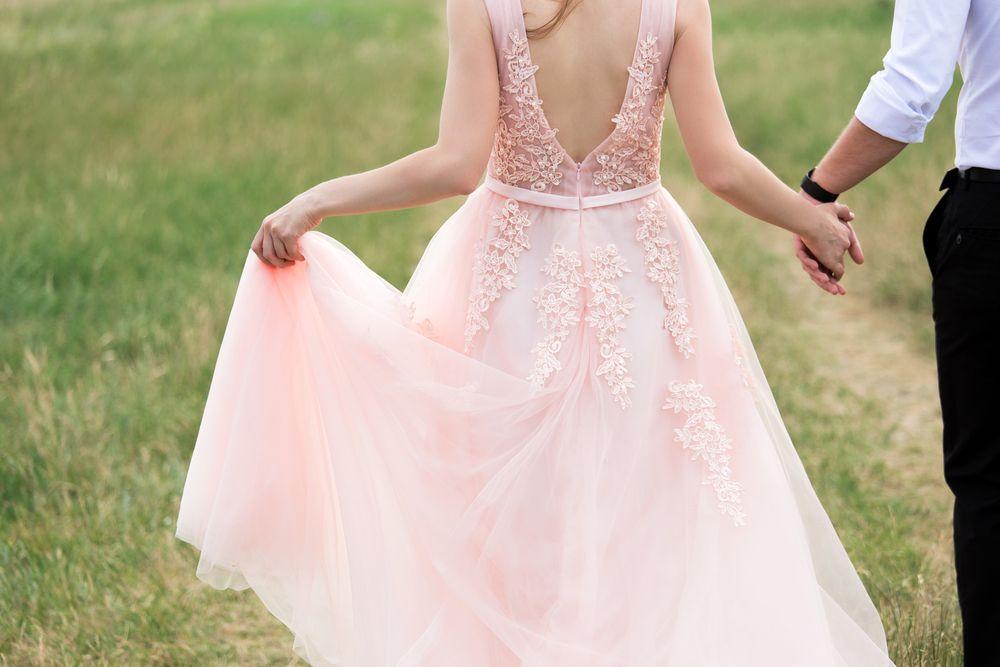 Wonderbaarlijk Wauw: deze roze trouwjurken zijn echt om van te dromen UJ-01