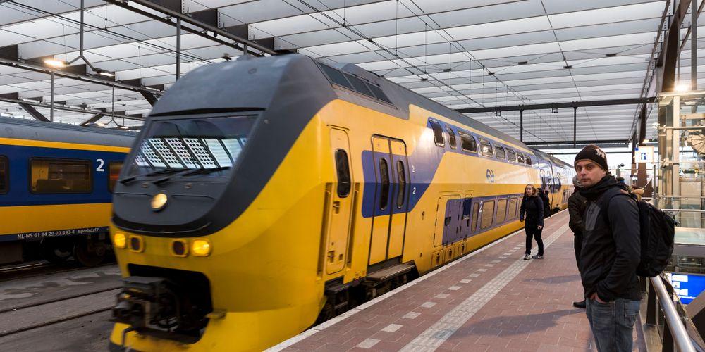 minder-treinen-door-de-storm