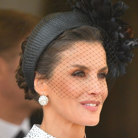 Queen Letizia looks stunning in black and white at the Order of the Garter