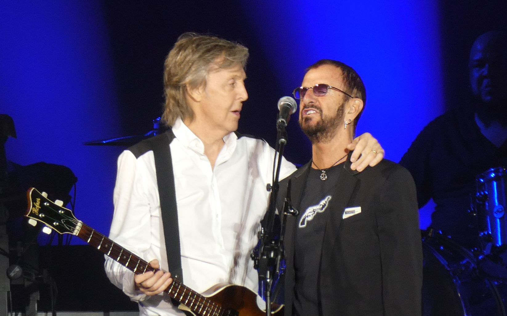 Watching Paul McCartney and Ringo Starr Play Beatles Classics Is an Absolute Delight