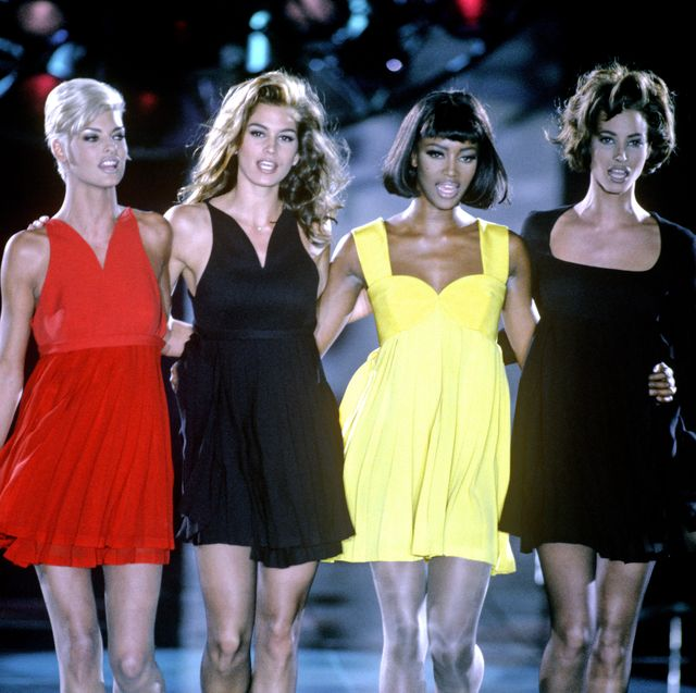 mandatory credit photo by paul masseyshutterstock 198544b linda evangelista, cindy crawford, naomi campbell and christy turlington versace autumn winter fashion show, milan, italy   dec 1991