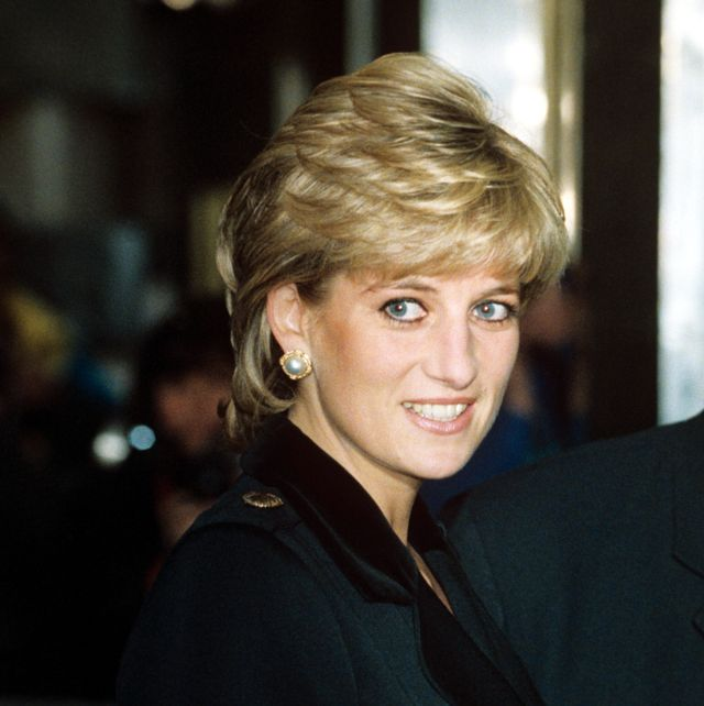 mandatory credit photo by tim rookeshutterstock 252137m princess diana princess diana at centrepoint charity event, savoy theatre, london, britain   dec 1995