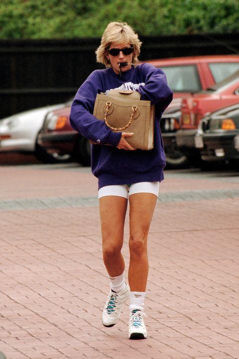 Hailey Baldwin Dresses Up As Princess Diana For Photo Shoot