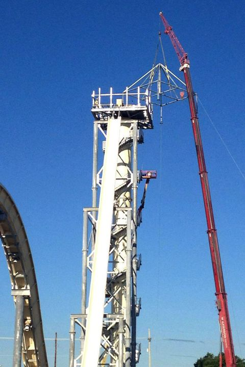 World's tallest and fastest waterslide being built at the Schlitterbahn Kansas City Waterpark, America - 11 Nov 2013
