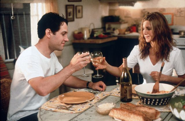 editorial use only no book cover usage mandatory credit photo by 20th century foxlaurence markkobalshutterstock 5879139a jennifer aniston, paul rudd the object of my affection   1998 director nicholas hytner 20th century foxlaurence mark usa film portrait comedy lobjet de mon affection