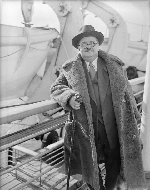 Mandatory Credit Photo By Uncreditedapshutterstock 6655860b Alexander Woollcott Alexander Woollcott, Writer, Critic And Commentator For New Yorker Magazine And The New York Times, Is Pictured As He Arrives In New York Aboard Bremen After A Trip To Russia Alexander Woollcott, New York, USA