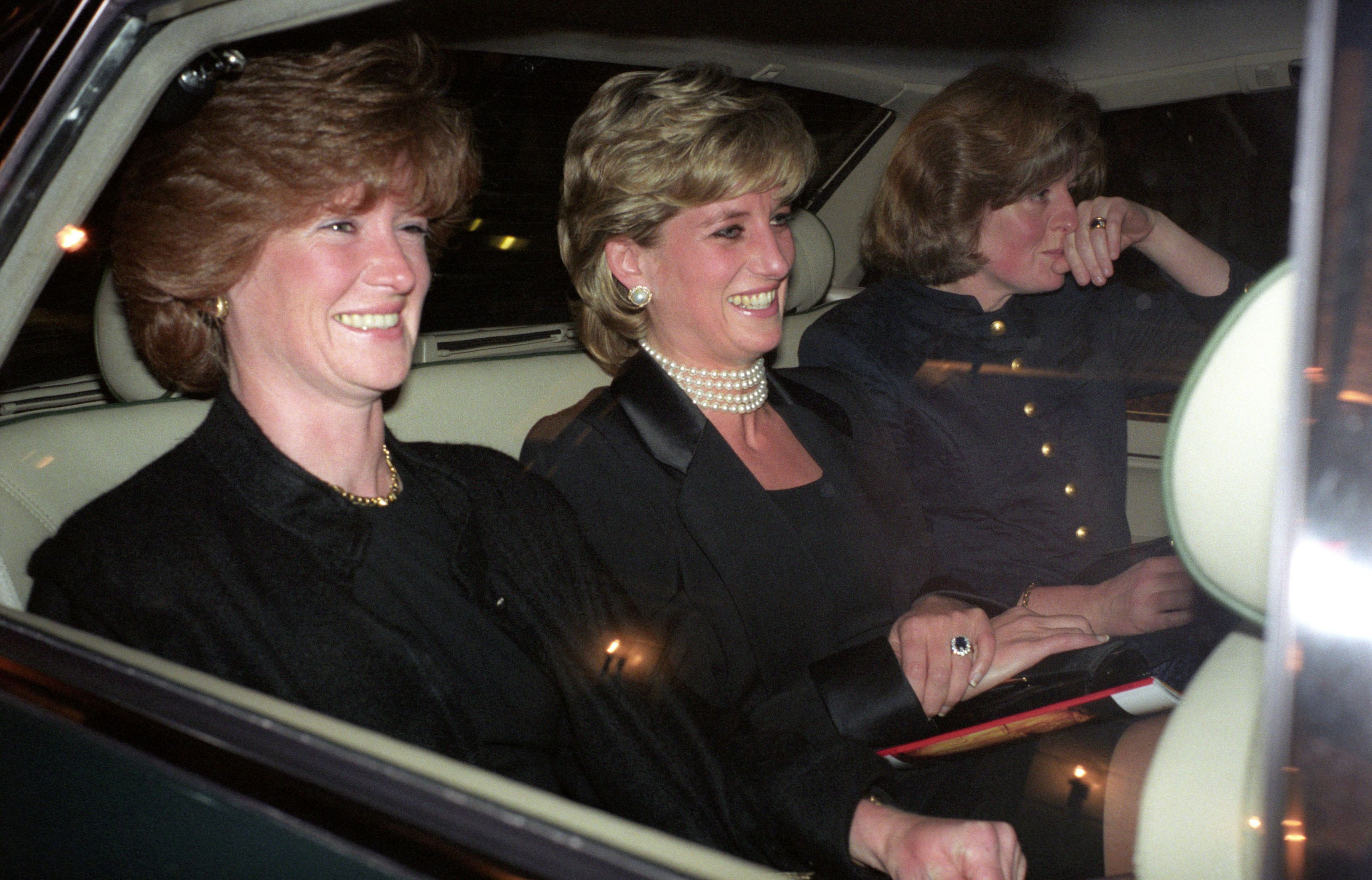 Princess Diana's Sisters - Who are Lady Sarah McCorquodale and Jane  Fellowes?
