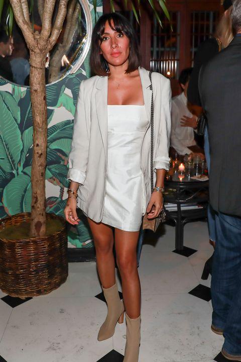 Clothing, White, Fashion, Leg, Outerwear, Shoulder, Human leg, Footwear, Blazer, Thigh,