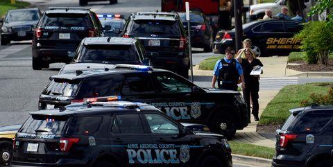 Motor vehicle, Traffic, Vehicle, Car, Police car, Mode of transport, Police, Traffic congestion, Lane, Personal luxury car,