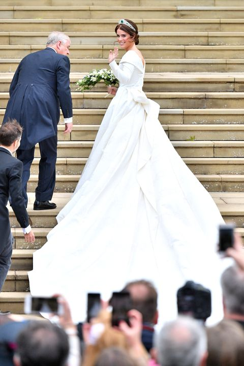 28 Best Royal Wedding Dresses of All Time - Royal Family Wedding Gowns e45d7be81