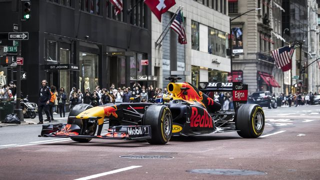 red bull racing's rb7 drives in new york city, new york, usa, in october, 2021   si202110110017  usage for editorial use only