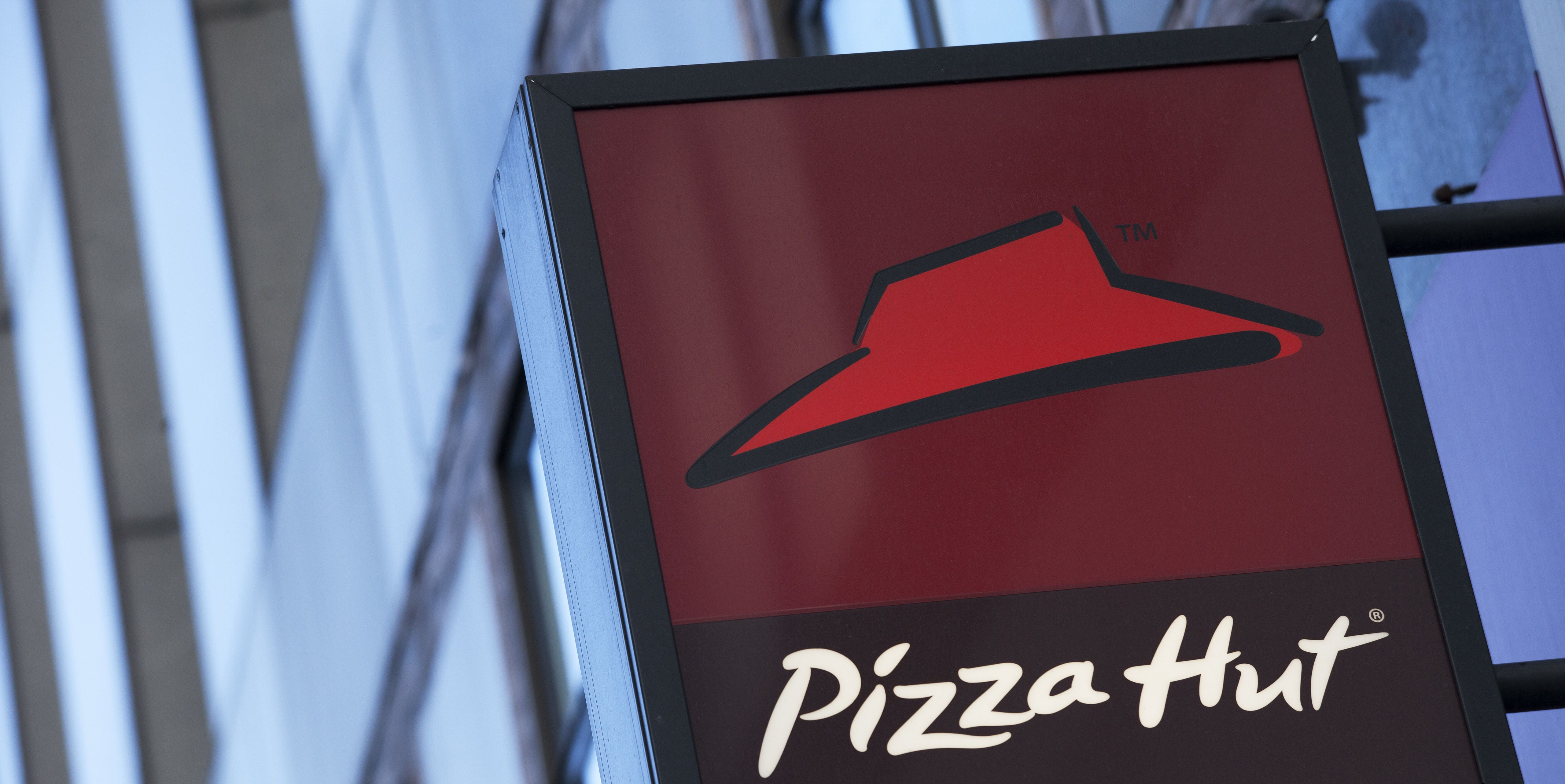 Pizza Hut Is Hiring 30,000 More Employees