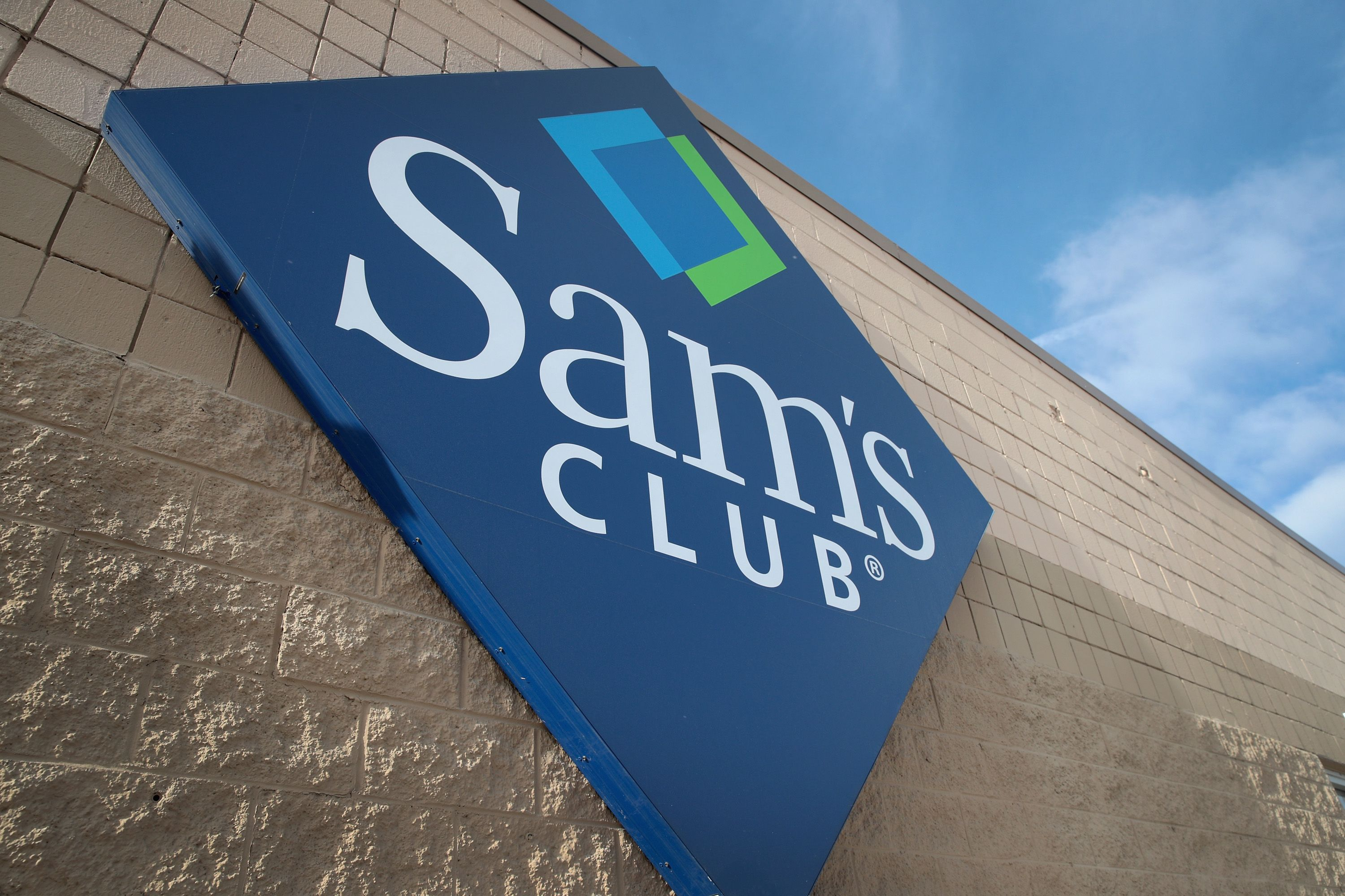Is Sam's Club Open On Memorial Day?