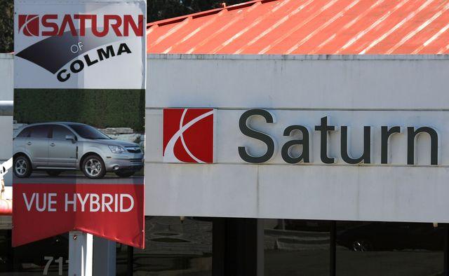 gm to shut down saturn brand as talks with penske fall through