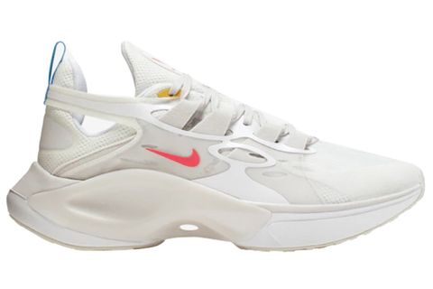 Shoe, Footwear, White, Product, Running shoe, Walking shoe, Tennis shoe, Outdoor shoe, Athletic shoe, Sneakers,