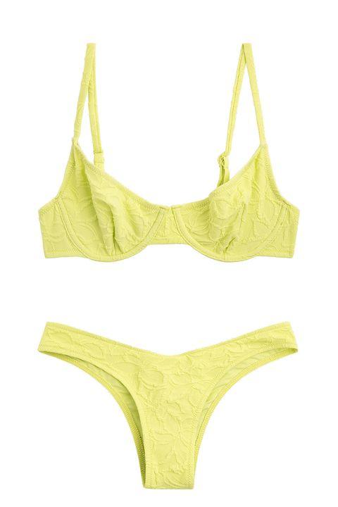 bikini amarillo con top de aros y braguita brasileña, de la colección swimwear ss20 de oysho
