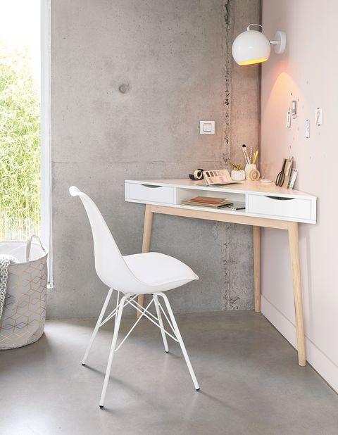 silla blanca moderna de escritorio