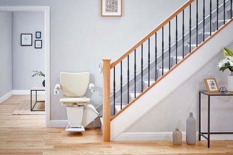 sillas subeescaleras y plataformas elevadoras para el hogar