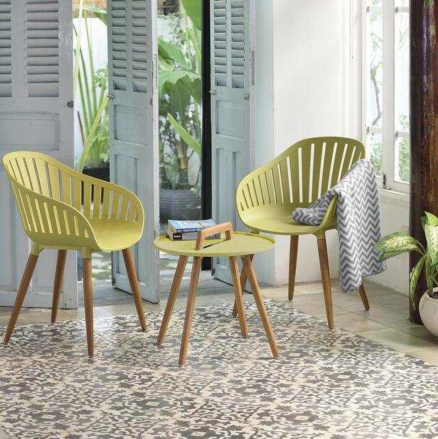 sillas y mesa de exterior con sobre de aluminio cubierto con el protector duracoat®
