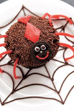 silly spider cupcake