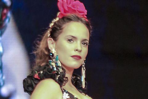 Gloria Camila Ortega en la pasarela SIMOF entre rumores de ruptura con Kiko Jiménez