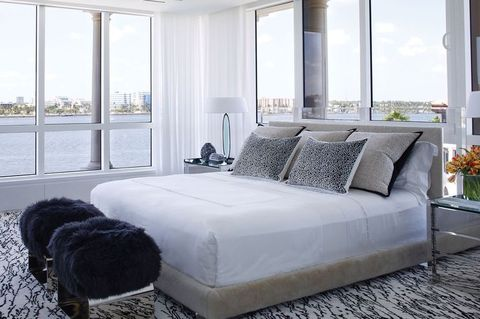 online retailer 2965b 6e048 What is a Platform Bed? How to Pick Platform vs Box Spring Bed