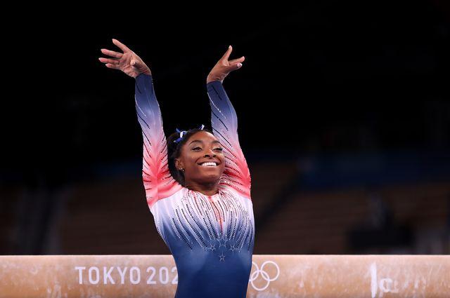 「体操界の女王」とも称されたシモーネ・バイルズ選手が、自身のメンタルヘルスを優先するために団体戦を途中棄権。その後、種目別平均台への出場と「銅メダル」の獲得に対して、本人が語った心境についてお届けします。