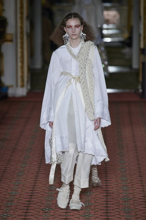 Simone Rocha Herfst/Winter 2020 show op London Fashion Week.