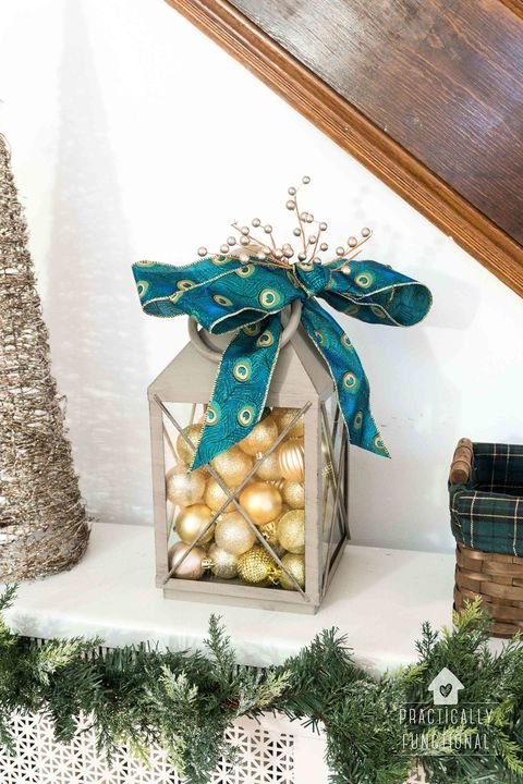 15 Diy Christmas Lantern Ideas How To Decorate A Holiday Lantern