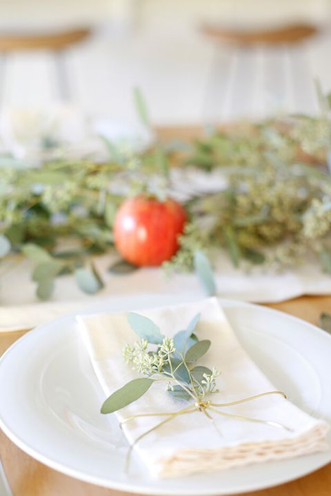 simple elegant thanksgiving table settings