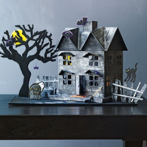 simple halloween crafts haunted house