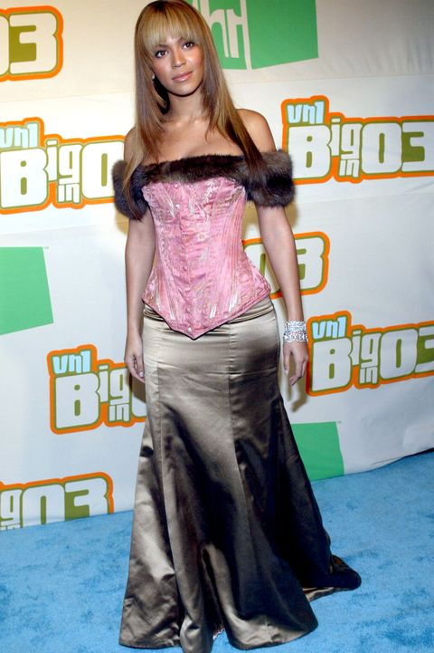 vh1's big in 2003 awards   arrivals